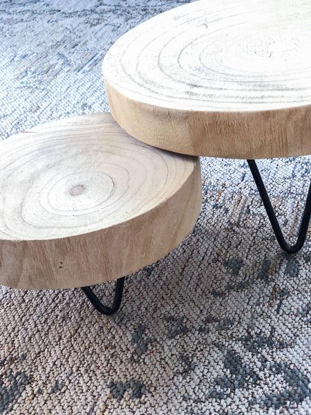 Afbeeldingen van Set houtschijven op zwarte voet